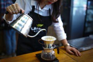 """wyświetlaj zawsze po wyszukiwaniu słów """"czajnik do parzenia kawy"""""""